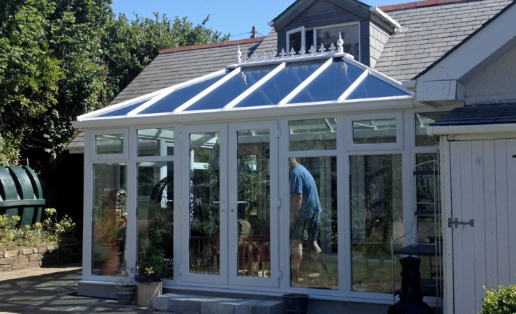 187 Double Hipped Edwardian Conservatory